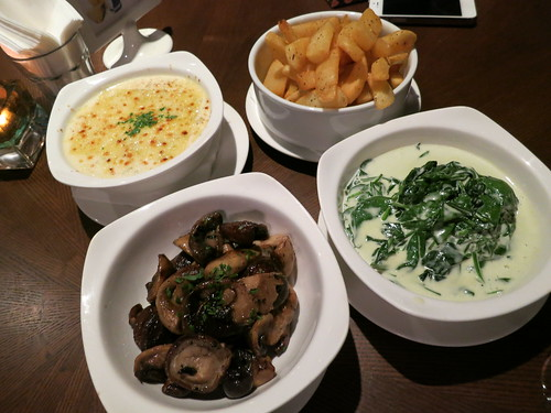 Singapore lifestyle blog, Singapore Food Blog, nadnut, Food blogger, Steak places in Singapore, Feedlot, Feedlot steakhouse, Feedlot tanglin, good places for steak in town, Town makan places