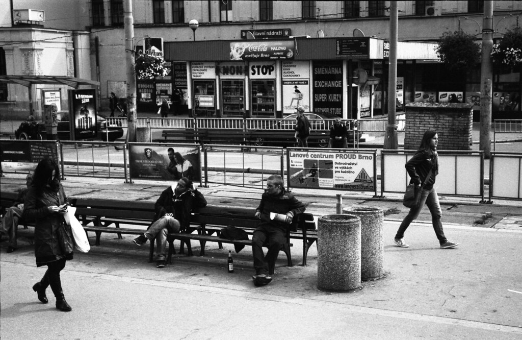 Kiev 4 - New Scan - Typical Scene at Tram Stops in front of Main Train Station 1