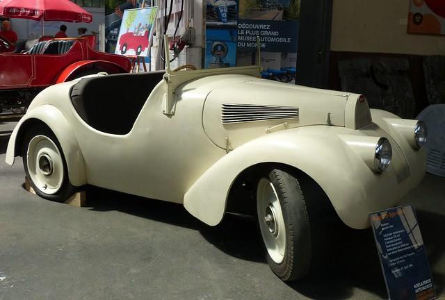 Bugatti Typ 68 B 1942 sand vr