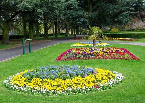 20130502-02_Formal Garden Flower Beds_Coventry War Memorial Park by gary.hadden