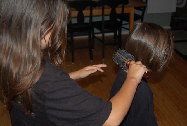 Untangling hair