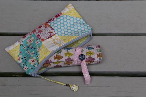 x+y zippy pouch