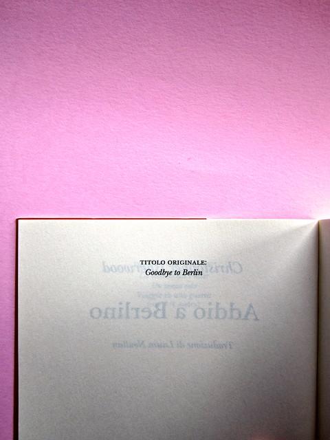 Christopher isherwood, Addio a Berlino. Adelphi 2013. Colophon (part.), 2