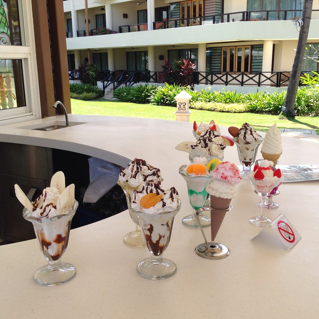Ice Cream Bar by the Pool