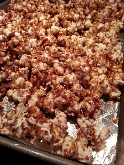 caramel popcorn (home-made)