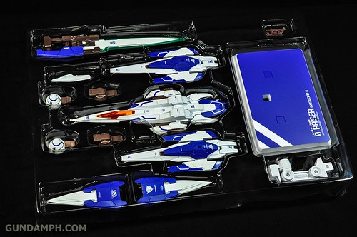Metal Build 00 Gundam 7 Sword and MB 0 Raiser Review Unboxing (99)