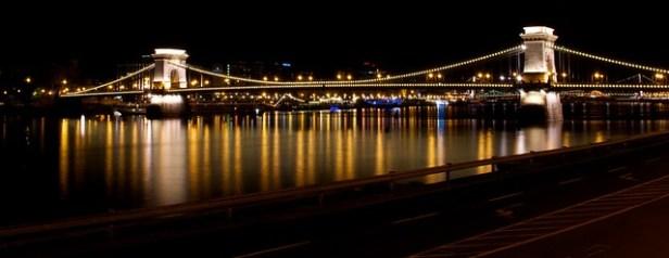 Мост Се́ченьи, (Будапе́штский) цепно́й мост, Будапешт, Венгрия