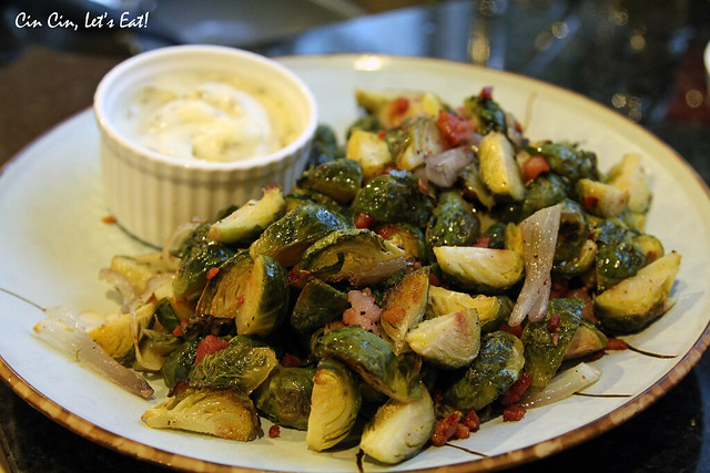 thanksgiving_brusselsprouts_1