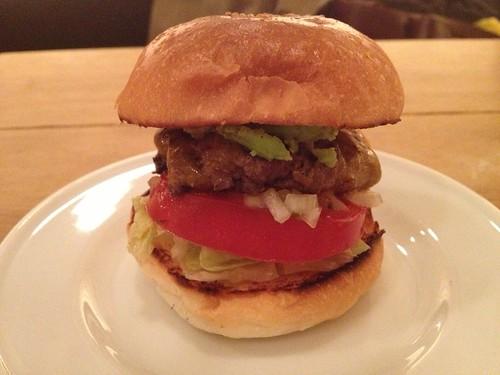 プチバーガーアボガドかな@Burger Mania 広尾