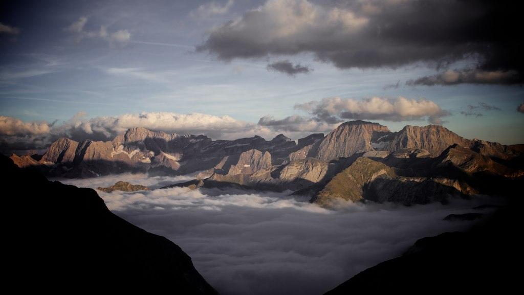 19. Otra vista del mar de nubes sobre Gavarnie. Autor, Damien.be