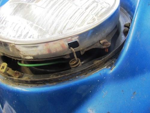 Headlight Inner Chrome Ring Spring Mounts in Slot