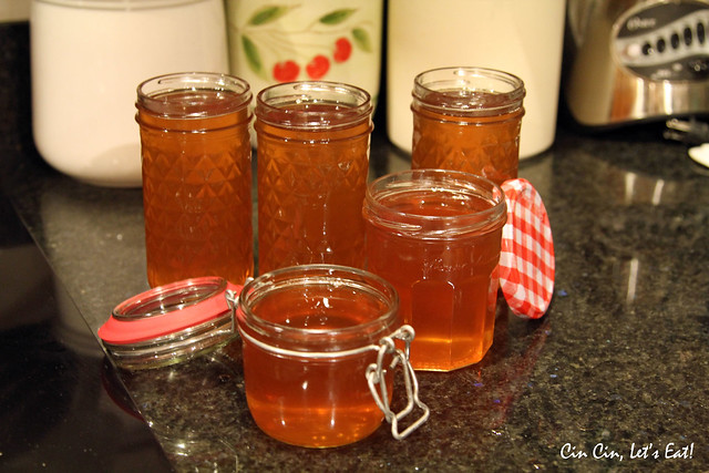 apple jelly_jars