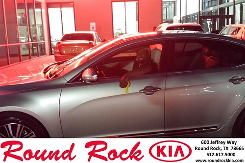 Thank you to Ray Sue on your new 2014 #Kia #Cadenza from Roberto Nieto and everyone at Round Rock Kia! #NewCarSmell by RoundRockKia