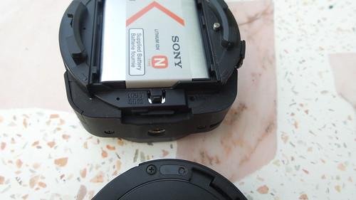 ปุ่ม Reset และ สล็อต MicroSD card แบบใกล้ๆ