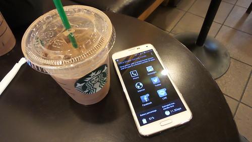 Samsung Galaxy S5 กับ Ultra Power Saving Mode นี่เหมาะสำหรับการใช้เล่น Social media รอเครื่องออก
