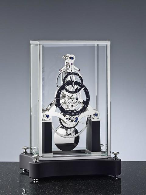 NT 7 rhodinierter Glassturz