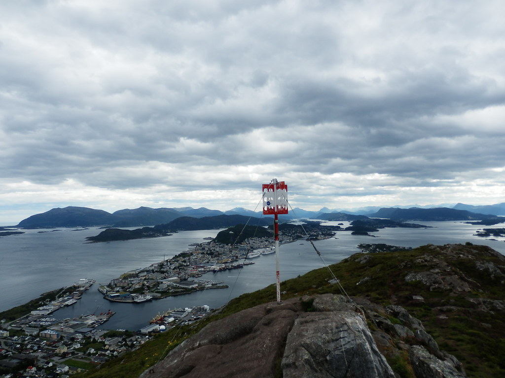 From Sukkertoppen looking down on Alesund