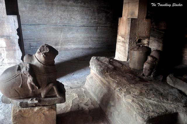 Udaygiri Caves (2)