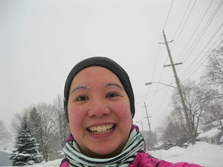 Mei selfie during the run. A few snowflakes starting to get stuck in my eyebrows.