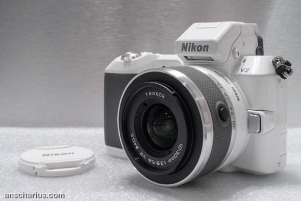 Nikon 1J2 versus Nikon 1V2 #2