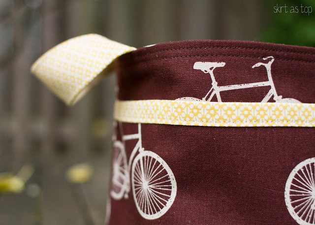 bicycle divided basket