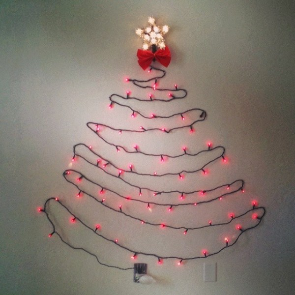 Impromptu #christmastree on the wall
