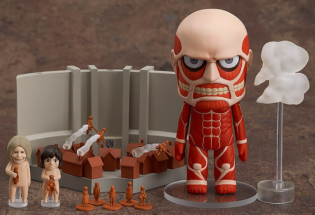 Nendoroid Colossal Titan + Attack on Titan Playset