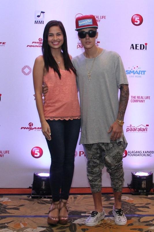 Justin Bieber with Smart endorser Jasmine Curtis