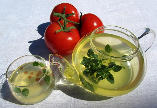 Tomato Essence