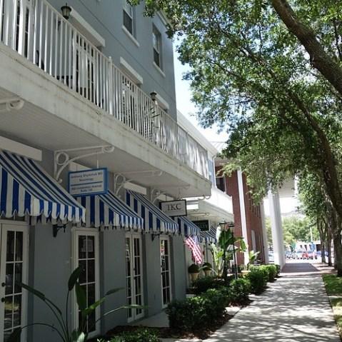 街並みはかなり栄えたアメリカ風。マーセリンと比較すると人工物感がよく分かるかと。