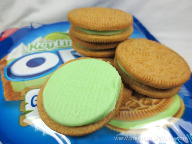 Limited Edition Key Lime Pie Oreo Cookies 3