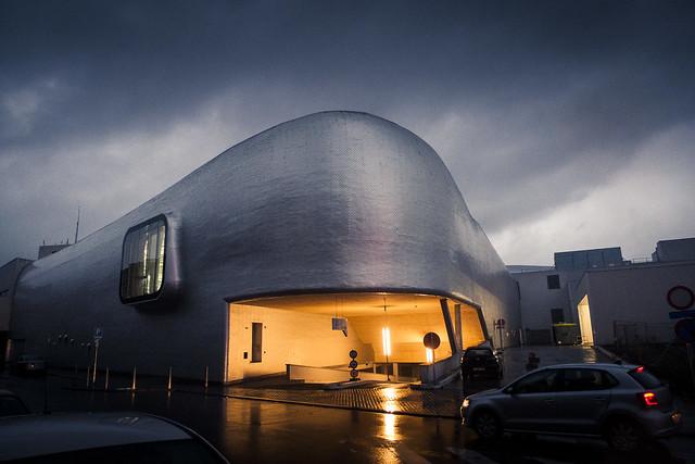 Urban Mythologies : The Mouth of the Whale (Patinoire de Liège)