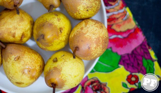 Sorvete de Pera Pocheada ao Riesling (Sorbet) via PratoFundo.com