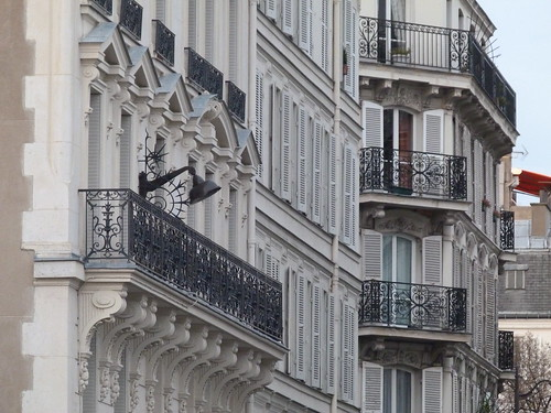 White Walls & Black Balconies