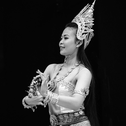 Week 45/52 - Thai Dancer by Flubie