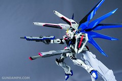 Metal Build Freedom Gundam Prism Coating Ver. Review Tamashii Nation 2012 (89)