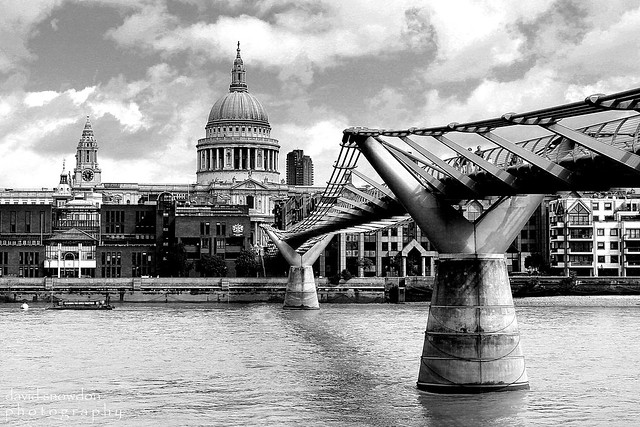 Millennium Bridge and St Paul's Mono