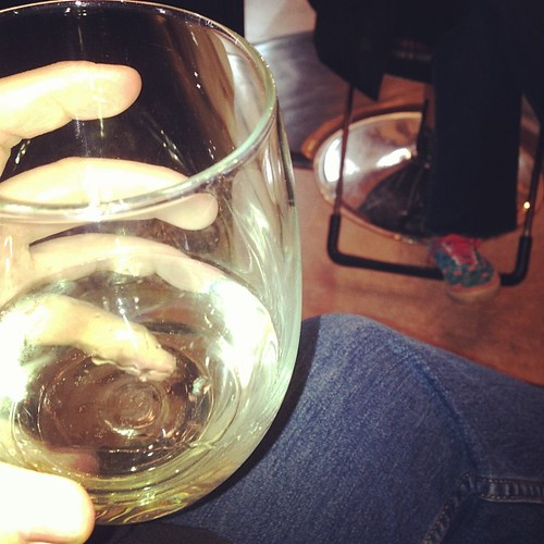 Getting my hair and brows done #hairsalon #moscato