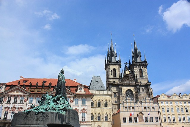 Church of Our Lady Before Tyn, Jan Hus Monument, Staromestske namesti, Old Town Square, Praha
