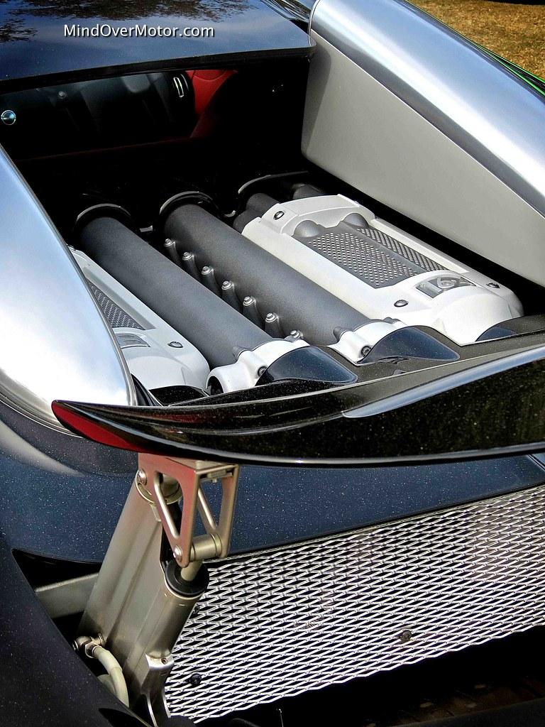 Bugatti Veyron 16/4 Grand Sport Quad-Turbo W16 Engine