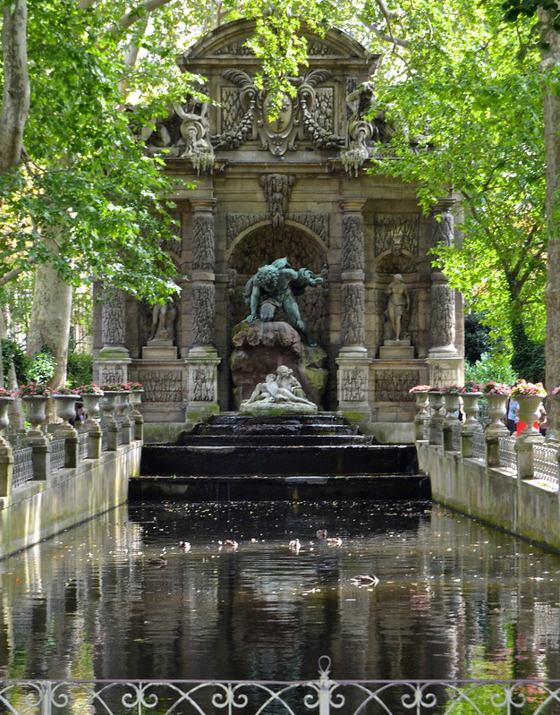 Last rays of summer le jardin du luxembourg comme des - Jardin du luxembourg enfant ...