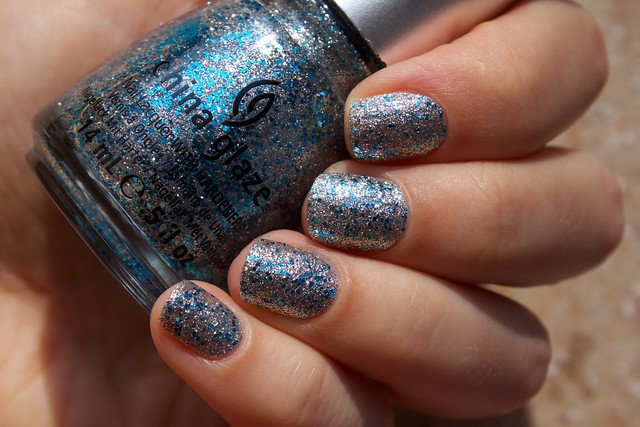 06 China Glaze Lorelei's Tiara in sunlight