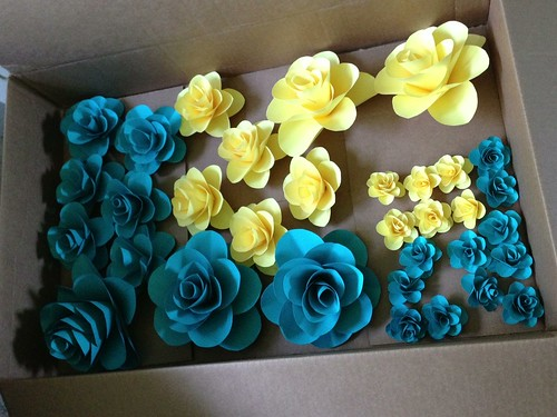 box o paper flowers