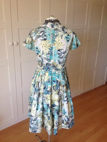 floral Vogue 5121 back