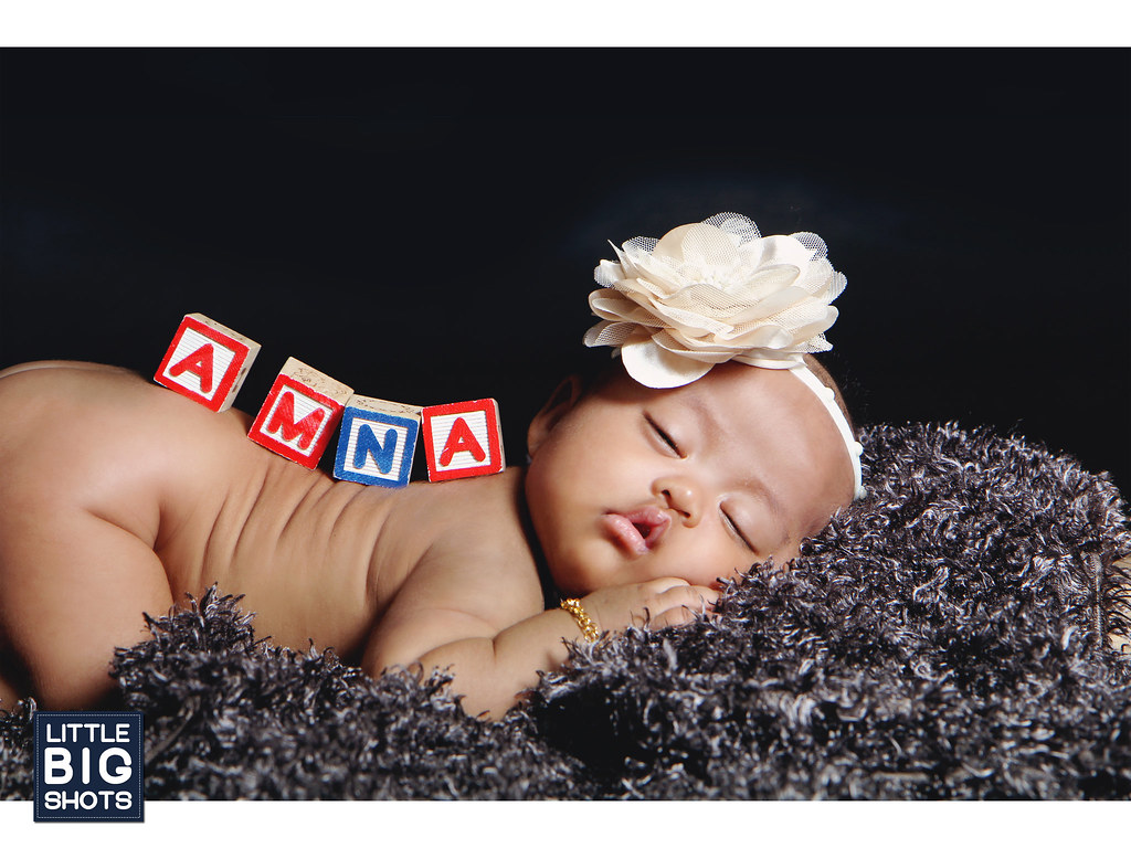 Introducing Amna | Baby Studio Portraiture