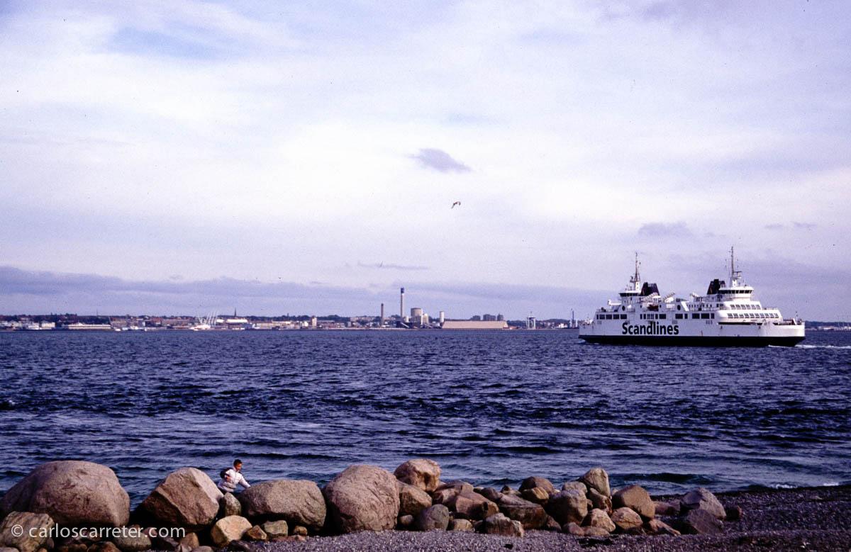 Cruzando el Oresund en ferry en Helsingør