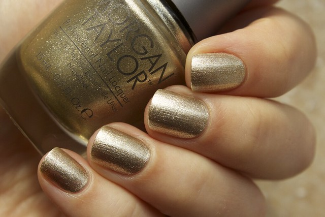 04 Morgan Taylor Give Me Gold swatches in the sunlight