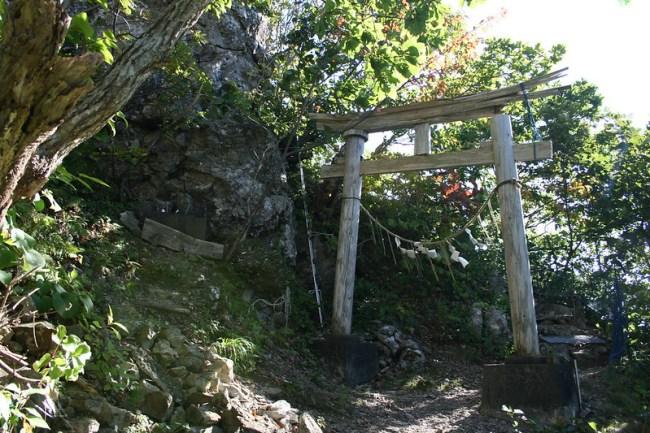 2013-09-22_14.01.07.0_北海道で一番危険な神社-太田山神社_shrine_hokkaido_japan