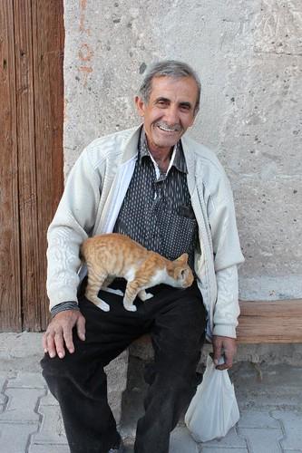 IMG_7296_old-man-kitten_Small