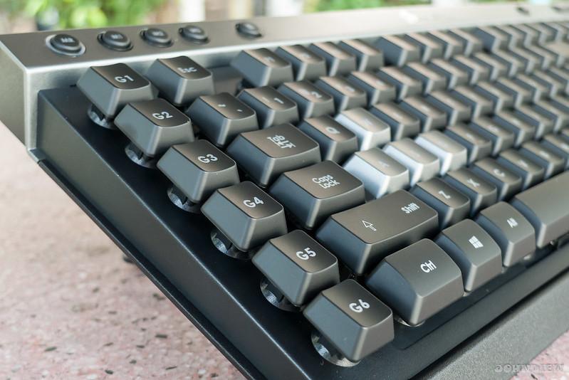 Corsair Raptor K30 and K50 Gaming Keyboards 10